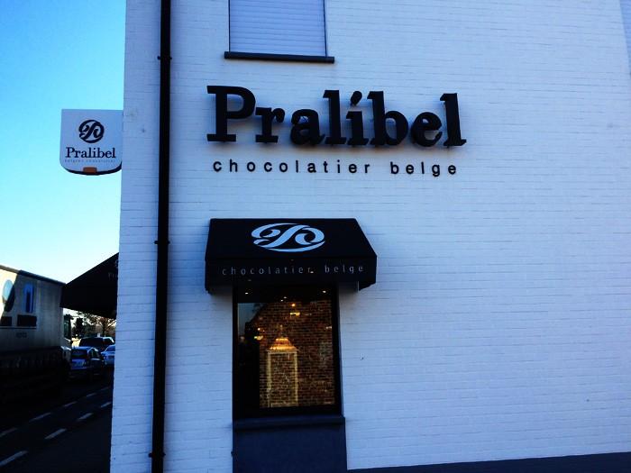 09ベルギーチョコレート屋