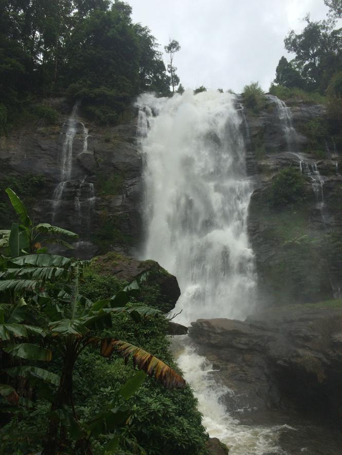 32メーチェム滝